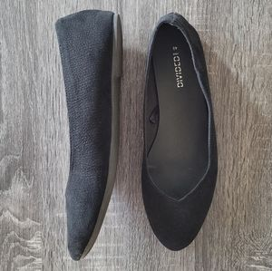 NWOT H&M Textured Black Flats